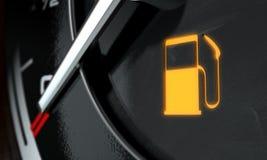 Niedrige Treibstoff-Armaturenbrettbeleuchtung Lizenzfreies Stockbild