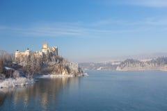 Niedzica, Pologne, vue d'hiver Photographie stock libre de droits