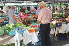 Niedziela owoc i warzywo wprowadzać na rynek w Pollenca, Mallorca, Hiszpania (Majorca) Zdjęcia Royalty Free