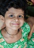 Niegrzeczny dziewczyny ono uśmiecha się obrazy royalty free