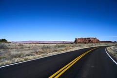 Niekończący się droga w Utah, jar ląduje narodu parka Obraz Stock