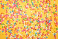 Niektóre słodcy cukierki rozprzestrzenia ciasto dla tła Zdjęcie Stock