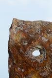 Niemcy, Holstein, Heligoland, stary jetty, stary kamień z dziurą Zdjęcie Stock