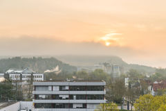 Niemcy, Regensburg, Kwiecień 04, 2017, wschód słońca nad biznesowy park w Regensburg Obrazy Royalty Free