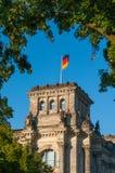 Niemiec flaga na reichstag Fotografia Stock