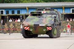 Niemiec opancerzony ambulansowy pojazd, bokser Zdjęcie Royalty Free