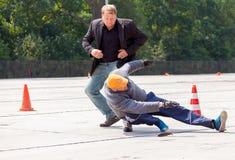 Niemieccy policja wojskowa ochroniarzi pokonują zabójcy Fotografia Stock