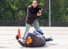 Niemieccy policja wojskowa ochroniarzi pokonują zabójcy Obraz Royalty Free