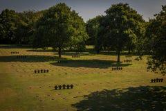 Niemiecki cmentarz przy losem angeles Cambe, Normandy, Francja obraz stock