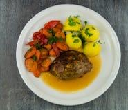 Niemiecki domowej roboty meatloaf obraz stock