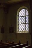 Niemiecki kościół katolicki z religijnymi szczegółami wokoło ołtarza i a zdjęcia stock