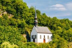 Niemiecki kościół W Ahrbruck, okręg Ahrweiler Fotografia Stock