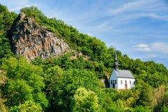 Niemiecki kościół W Ahrbruck, okręg Ahrweiler Obrazy Royalty Free
