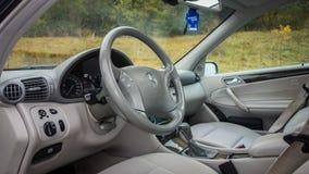 Niemiecki luksusowy limuzyny wnętrze - sedan, skór siedzenia Obraz Royalty Free