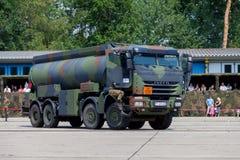 Niemiecki militarny Iveco 8x8 tankowiec Zdjęcia Royalty Free
