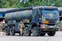 Niemiecki militarny Iveco 8x8 tankowiec Obrazy Royalty Free