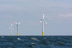 Niemiecki na morzu wiatrowy gospodarstwo rolne Fotografia Stock