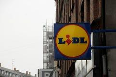 NIEMIECKI sklepu spożywczego LIDL sklep I torba na zakupy Obraz Stock