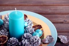Nieociosana boże narodzenie dekoracja na drewnianym stole Zdjęcia Stock