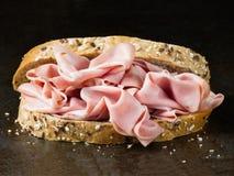 Nieociosana włoska mortadella kanapka Zdjęcie Stock