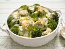 Nieociosani brokuły i ser Zdjęcie Stock