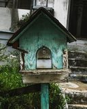 Nieociosany Birdhouse w Atlanta sąsiedztwie zdjęcia royalty free