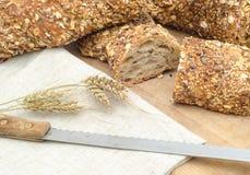 Nieociosany chleb Fotografia Stock