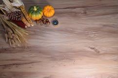 nieociosany jesieni wciąż życie z baniami Zdjęcie Stock