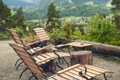 Nieociosany karło i pokojowy widok górski Fotografia Royalty Free