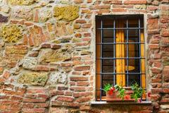 Nieociosany okno w Tuscany Zdjęcie Stock