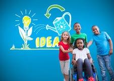 Niepełnosprawna dziewczyna w wózku inwalidzkim z przyjaciółmi z kolorowego pomysłu graficznymi rysunkami Fotografia Stock