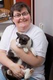 niepełnosprawna kot kobieta umysłowo Obrazy Royalty Free