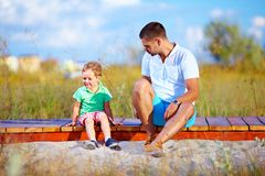 Nieporozumienia między ojcem i synem zdjęcie royalty free