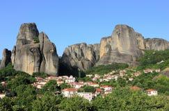 Nieprawdopodobne rockowe formacje w Meteor Kalambaka, Kastraki, środkowy Grecja Obrazy Stock