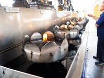 Nierdzewna ?wieczka Latarniowa u?ywa Paliwowego, jarzynowego olej, Bangkok, zdjęcia stock