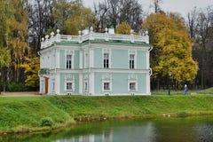 Nieruchomość Kuskovo dom nad wodą Obraz Royalty Free