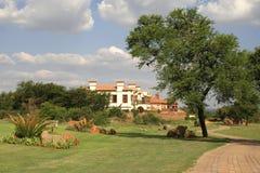 nieruchomości kierownictwa golfa dom Zdjęcia Royalty Free