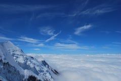 Niesamowicie jasny niebieskie niebo Obraz Royalty Free