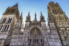 Niesamowicie szczegółowa katedra w Francja fotografia stock