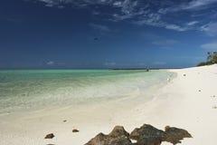 Nieskazitelna biała piaskowata plaża Obrazy Stock