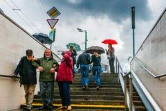 Niespodziewany deszcz i turyści Obraz Stock