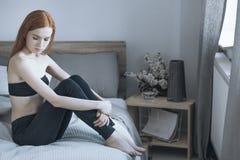 Nieszczęśliwa kobieta z depresją zdjęcia royalty free