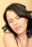 Nieszczęśliwa Zaakcentowana Karmiąca Up młoda kobieta Patrzeje w bólu Fotografia Stock