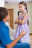 Nieszczęśliwi dzieci ma poważną walkę Obrazy Royalty Free