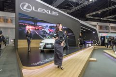 Niet geïdentificeerd model bij de 33ste Internationale Motor Exp van Thailand Royalty-vrije Stock Foto