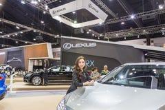 Niet geïdentificeerd model bij de 33ste Internationale Motor Exp van Thailand Royalty-vrije Stock Afbeeldingen