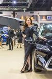 Niet geïdentificeerd model bij de 33ste Internationale Motor Exp van Thailand Stock Foto