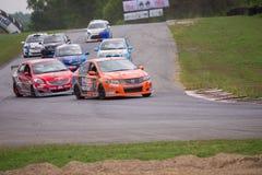 Niet geïdentificeerde diverse raceauto's Stock Afbeelding