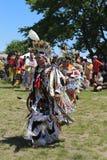 Niet geïdentificeerde Inheemse Amerikaanse danser bij NYC Pow wauw Royalty-vrije Stock Foto's
