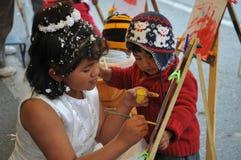 Niet geïdentificeerde kinderen op vakantie in de stad van La Paz Royalty-vrije Stock Afbeeldingen
